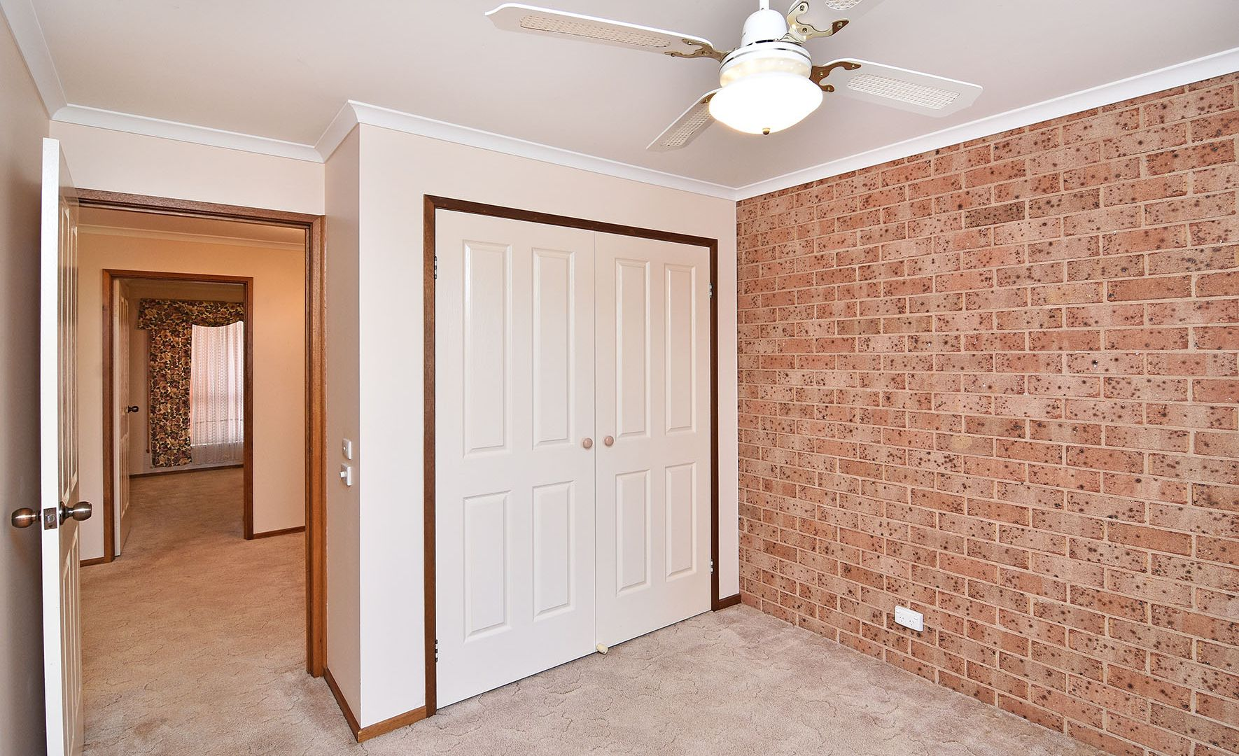 2/7 O'Brien Court, West Albury NSW 2640, Image 2