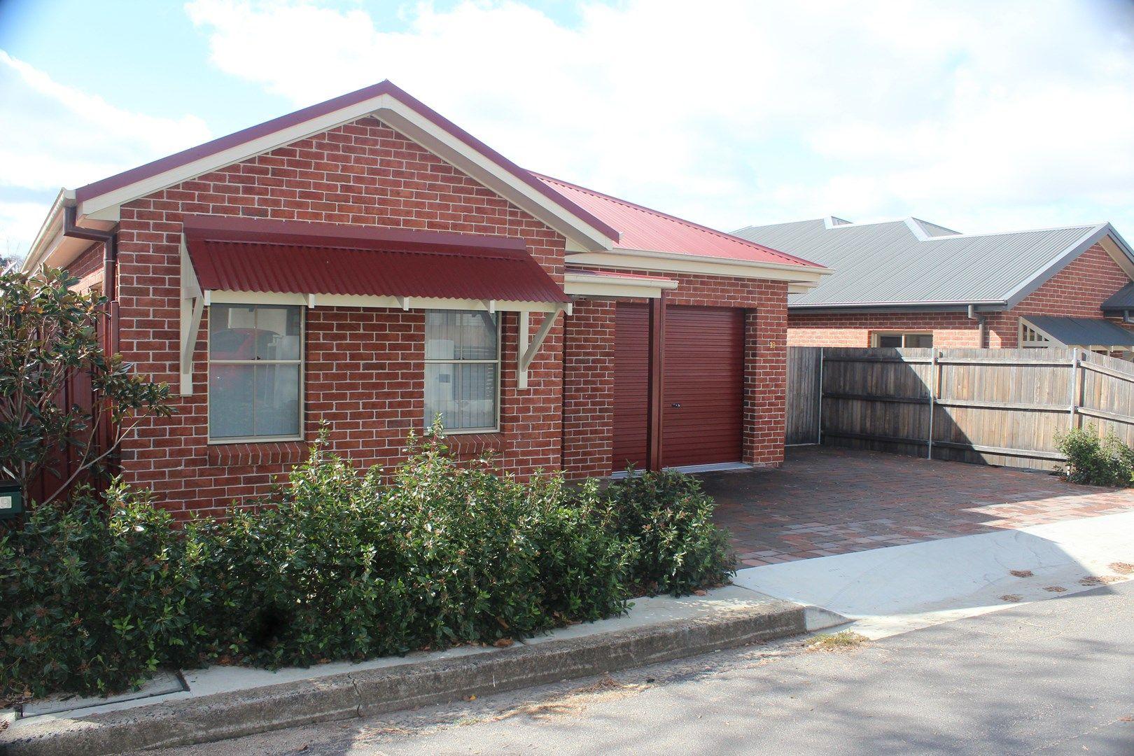 19 Cross Street, Bathurst NSW 2795, Image 0