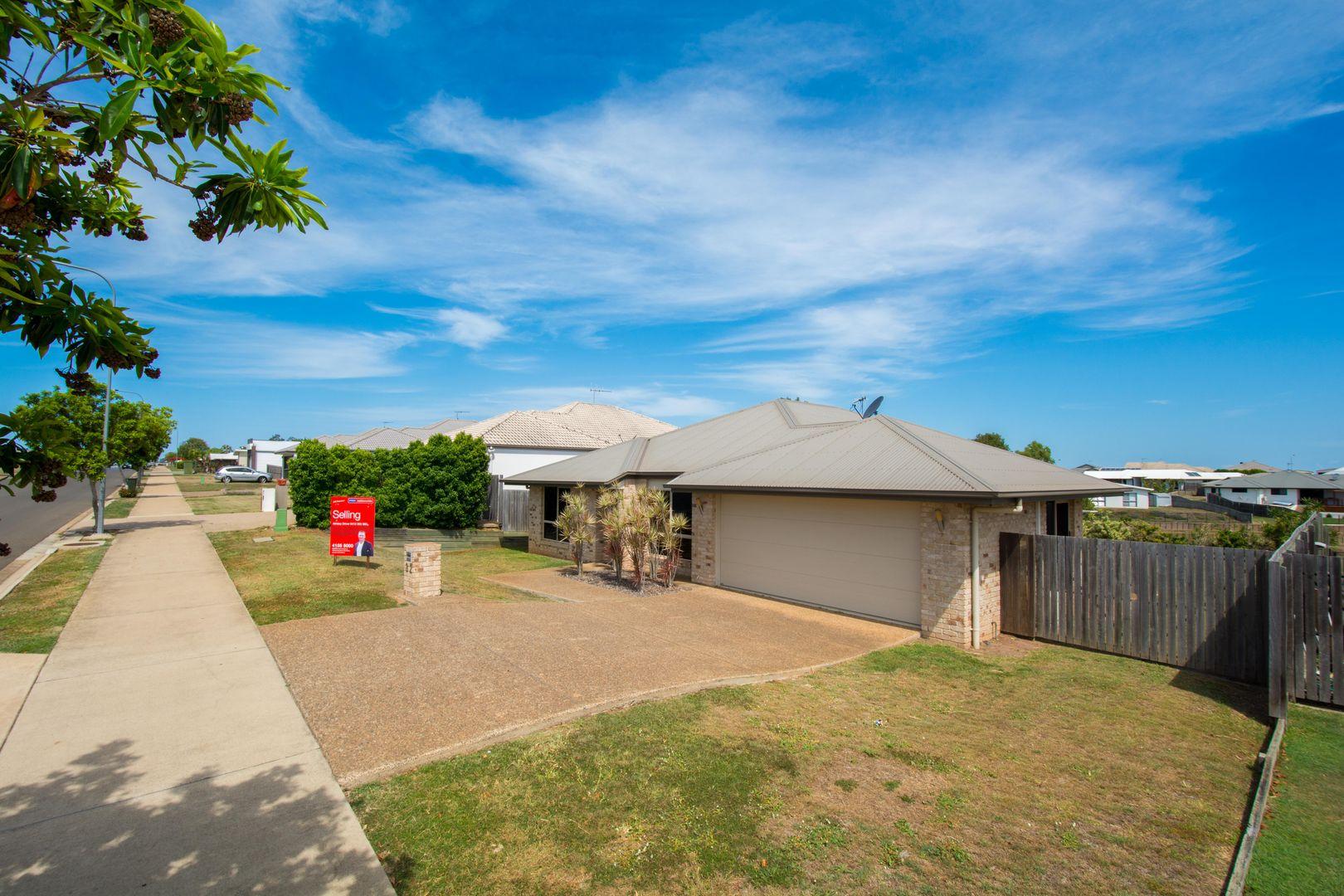 32 Sienna Boulevard, Ashfield QLD 4670, Image 0