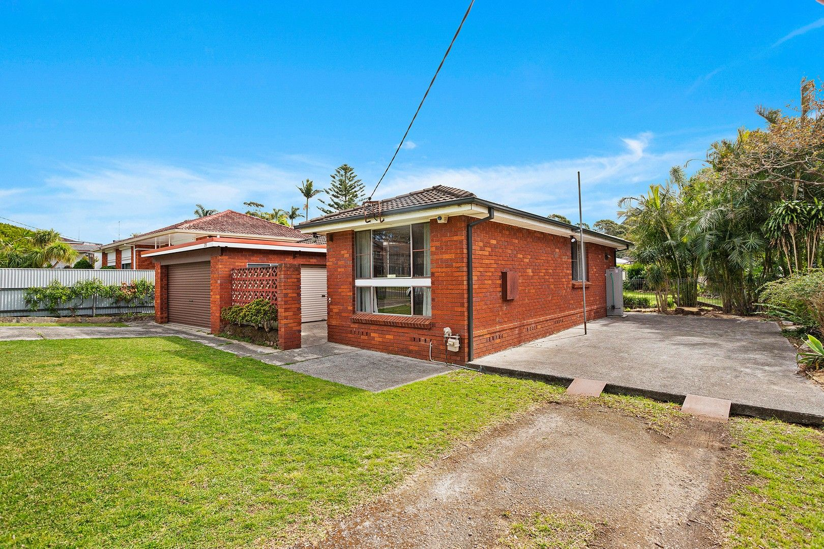 20 Tallegalla Street, Unanderra NSW 2526, Image 0