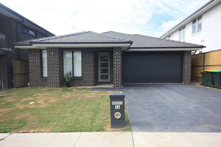24 Gallipoli Drive, Edmondson Park NSW 2174, Image 1