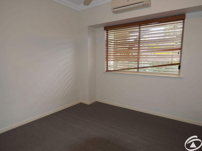 2209/22-26 Clifton Road, Clifton Beach QLD 4879, Image 2