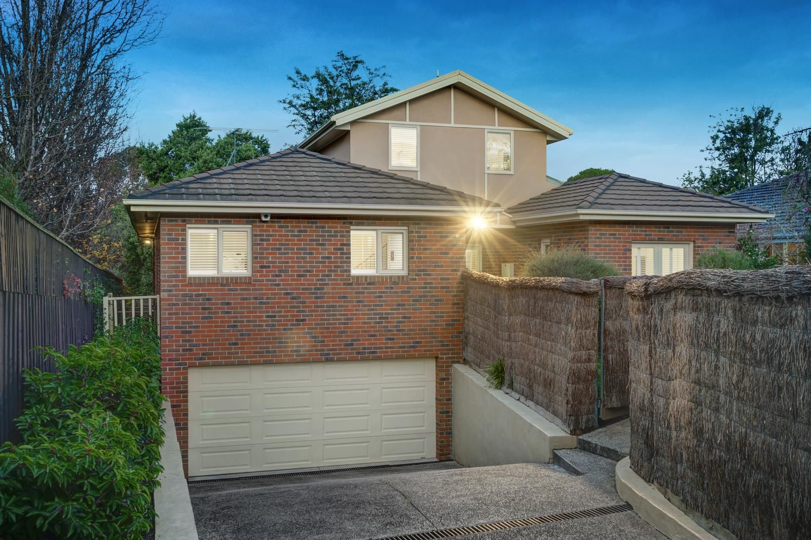 17a Lynden Street, Camberwell VIC 3124, Image 2