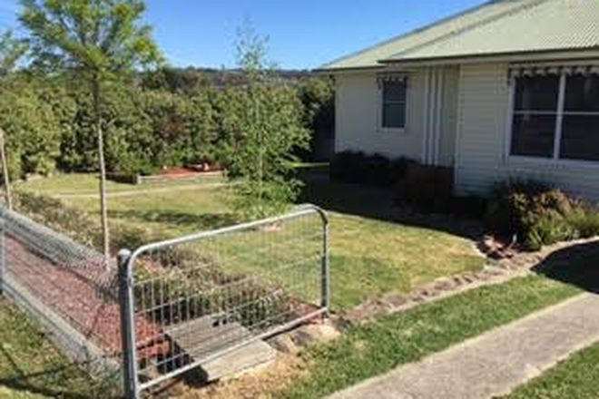 Picture of 77 Finlay Road, GOULBURN NSW 2580
