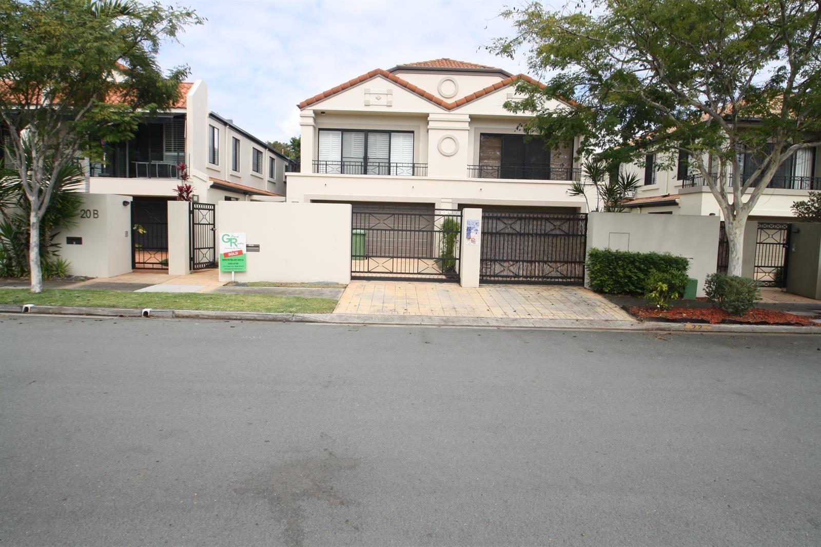 2/22 Lennie Avenue, Main Beach QLD 4217, Image 0