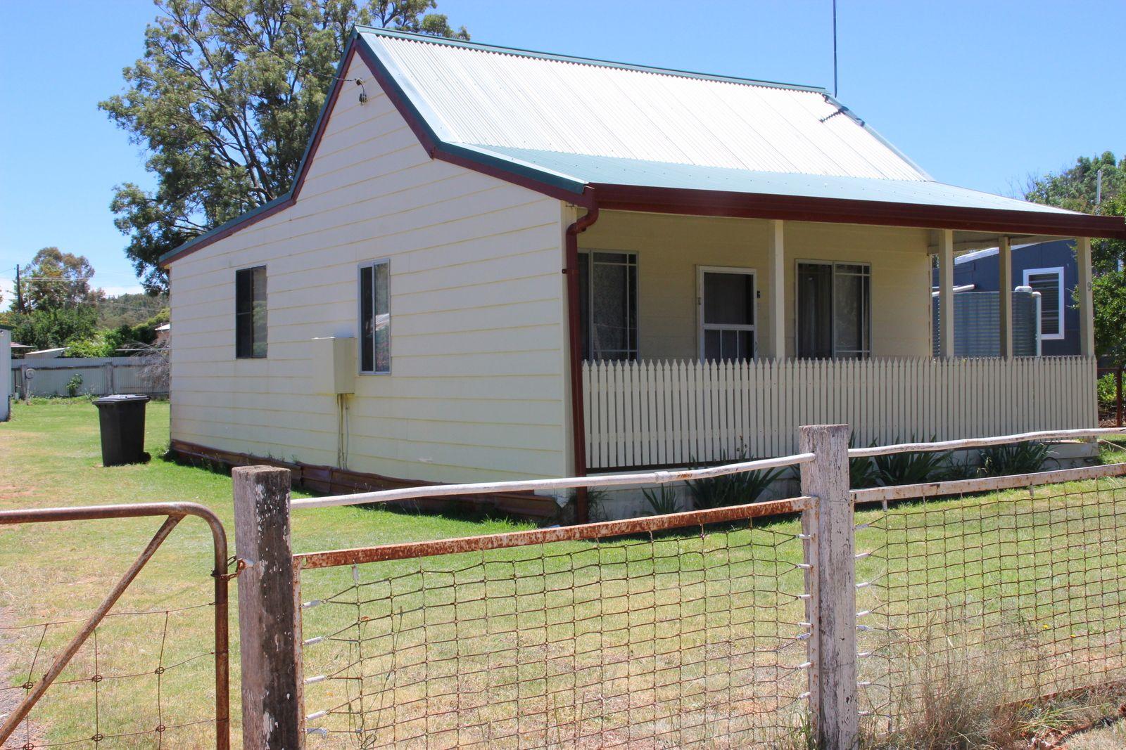 9 GORDON, Coonabarabran NSW 2357, Image 0