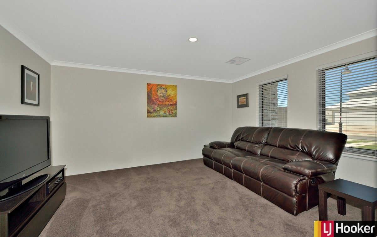22 Europa Place, Dudley Park WA 6210, Image 1