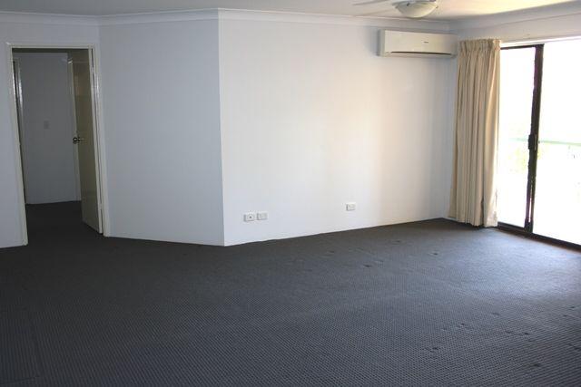 4/4 Sheehan Street, Milton QLD 4064, Image 2