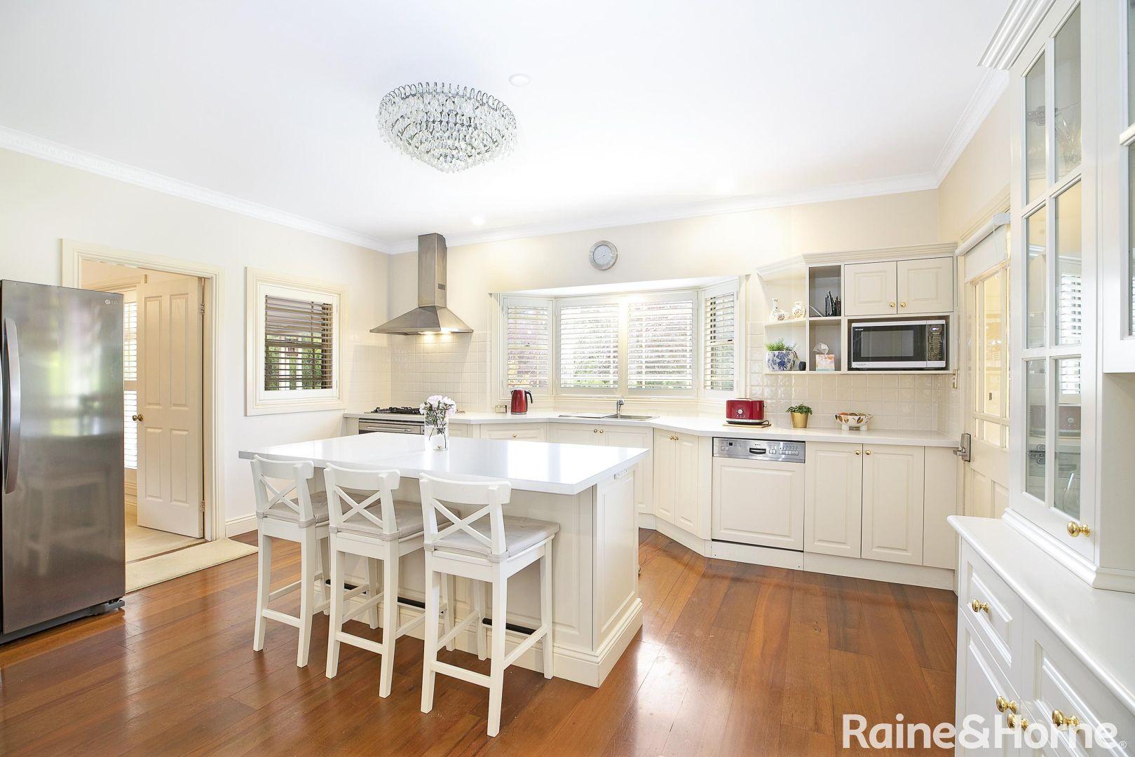 52 Highland Drive, Bowral NSW 2576, Image 2
