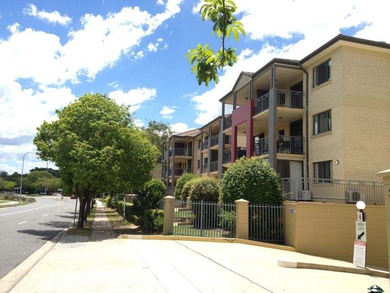 99/300 Sir Fred Schonell Drive, St Lucia QLD 4067, Image 1