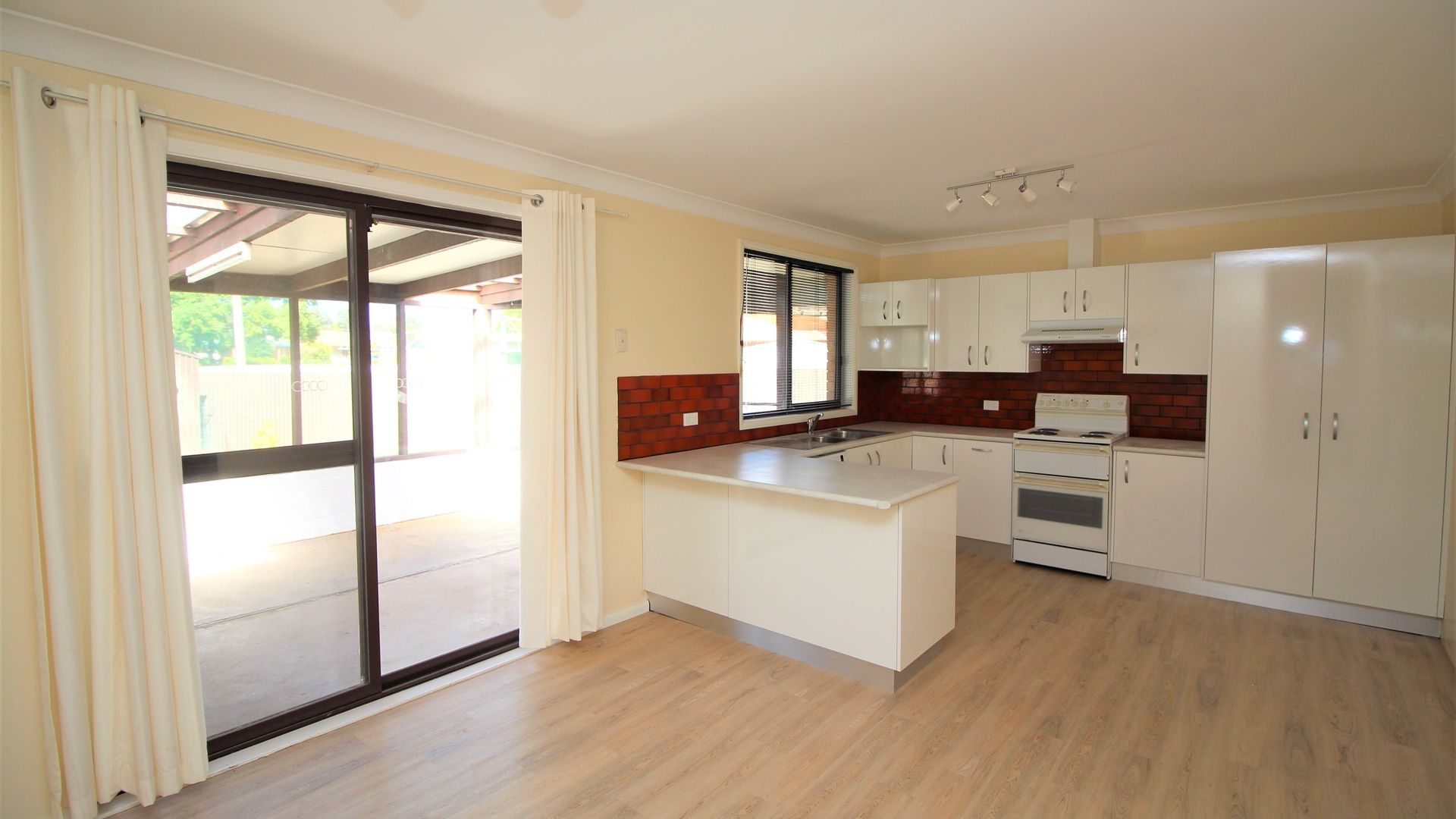 6 Chilvers Place, Griffith NSW 2680, Image 1