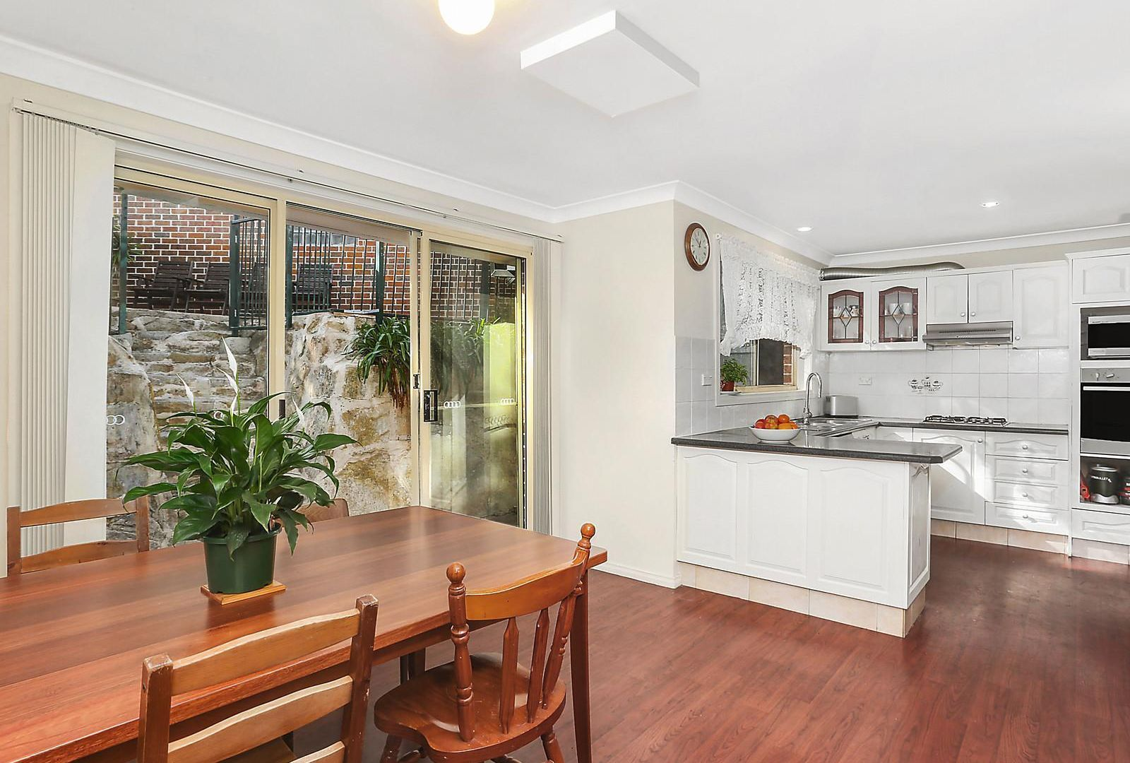 1/12 Webb Avenue, Hornsby NSW 2077, Image 1