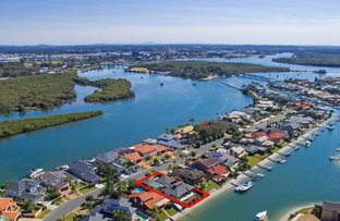 Picture of 55 Tradewinds Avenue, Paradise Point QLD 4216