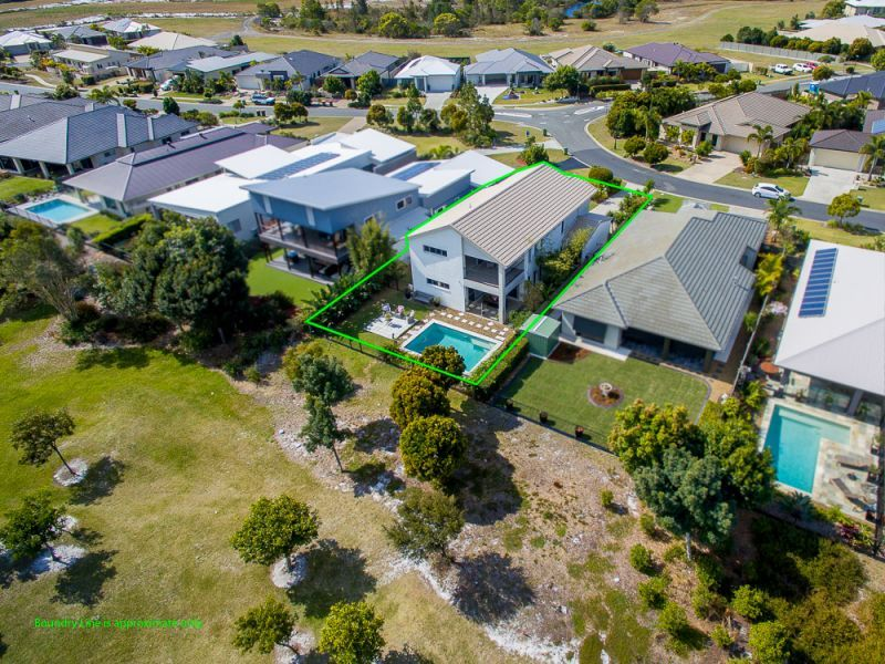 51 Dunebean Drive, Banksia Beach QLD 4507, Image 2