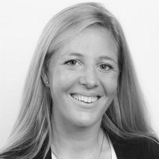 Louise Bundy, Sales representative