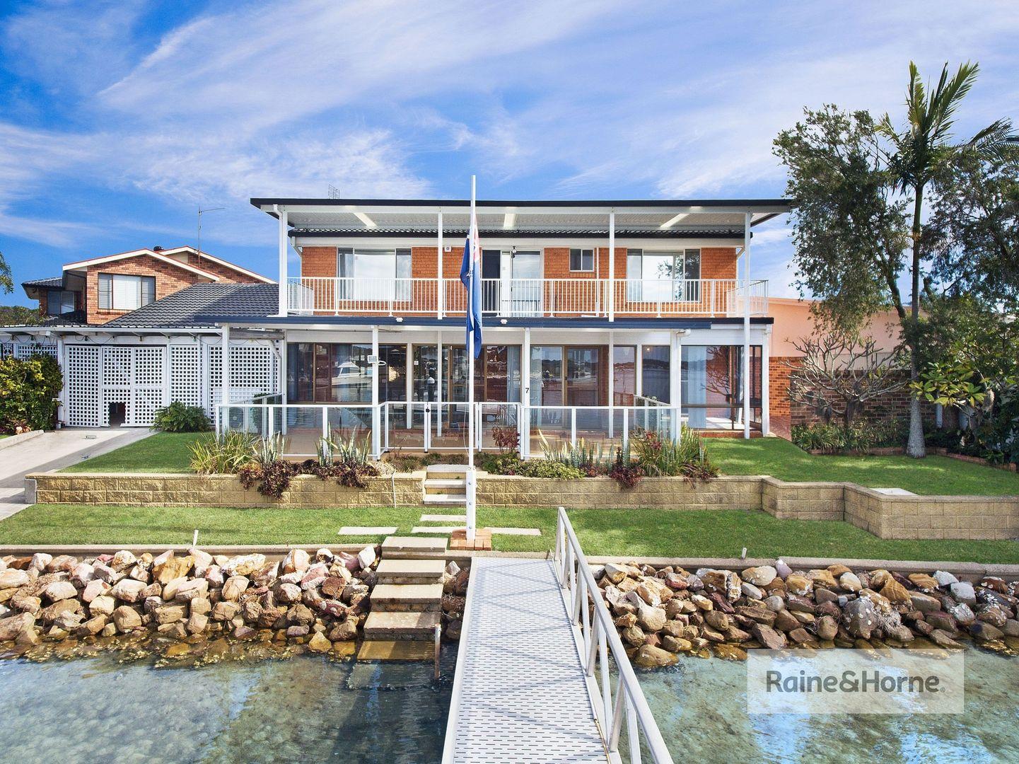 7 Mooring Place, St Huberts Island NSW 2257, Image 1