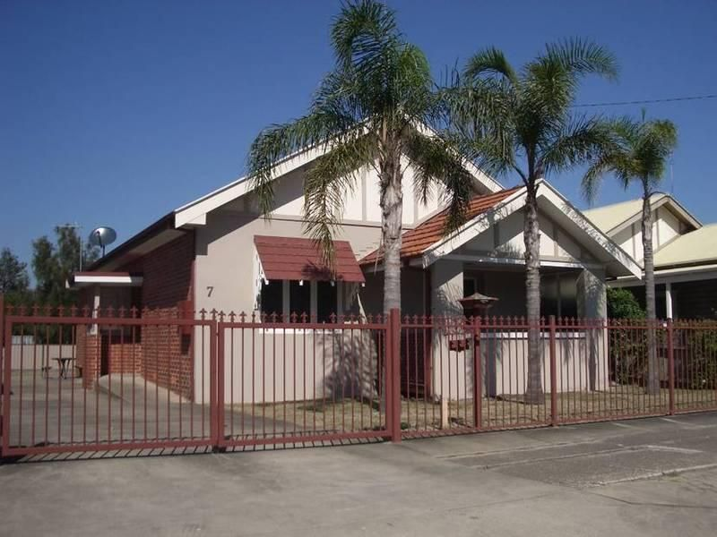 7 Everton Street, Hamilton East NSW 2303