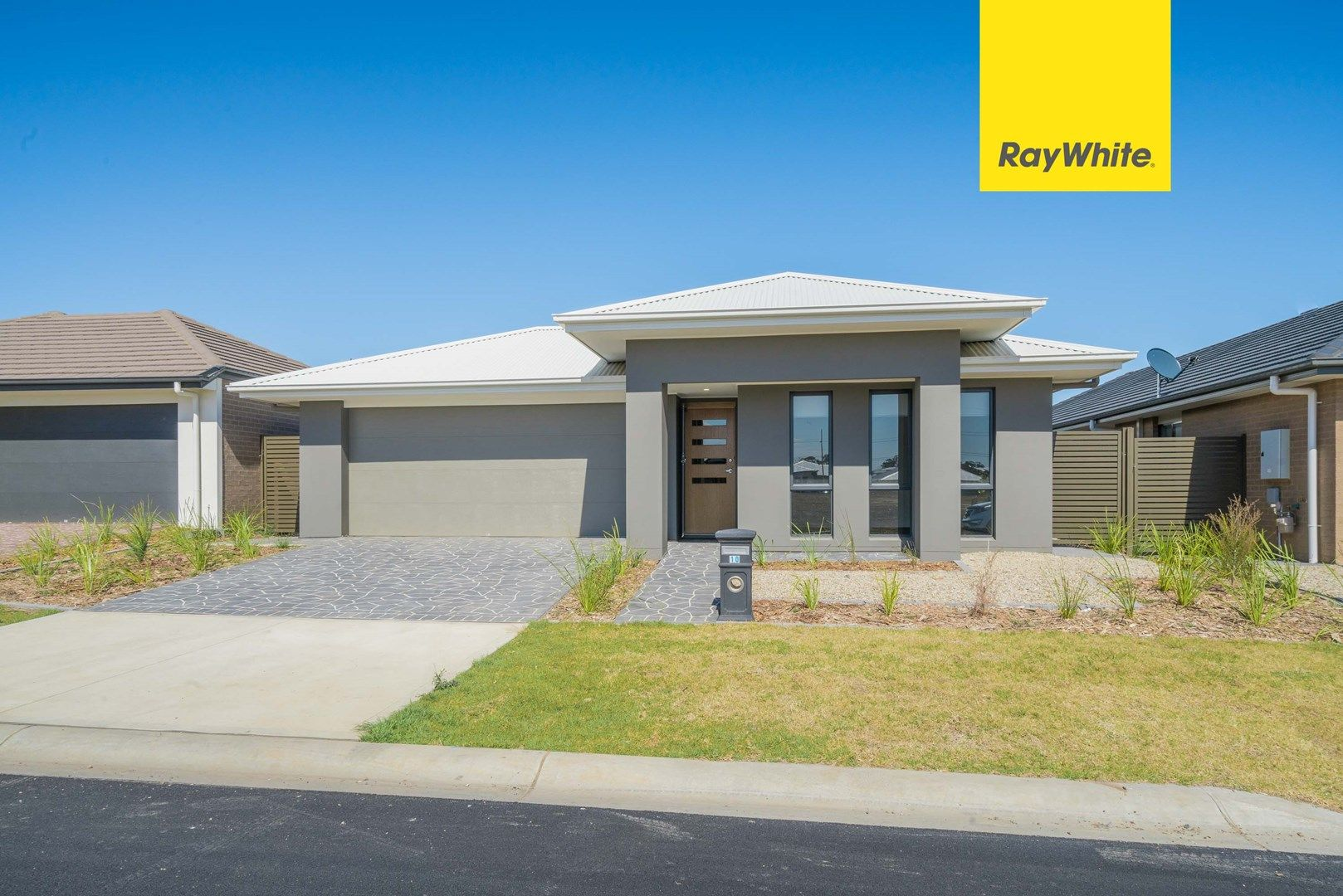 10 Duncombe Ave, Gledswood Hills NSW 2557, Image 0