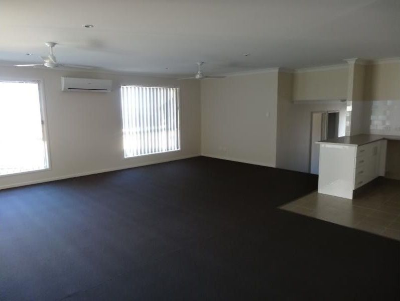9 Siding Ct, Rosewood QLD 4340, Image 2