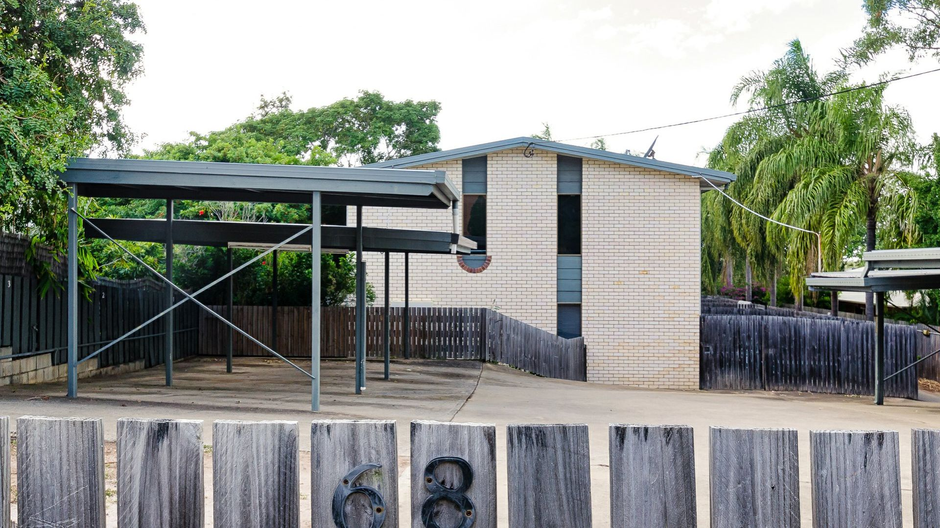 2/68 Ann Street, South Gladstone QLD 4680, Image 2
