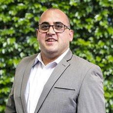 Elia Hanoun, Sales representative