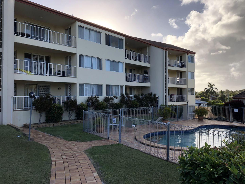 Unit 2/13-15 Pulgul Street, Urangan QLD 4655, Image 1