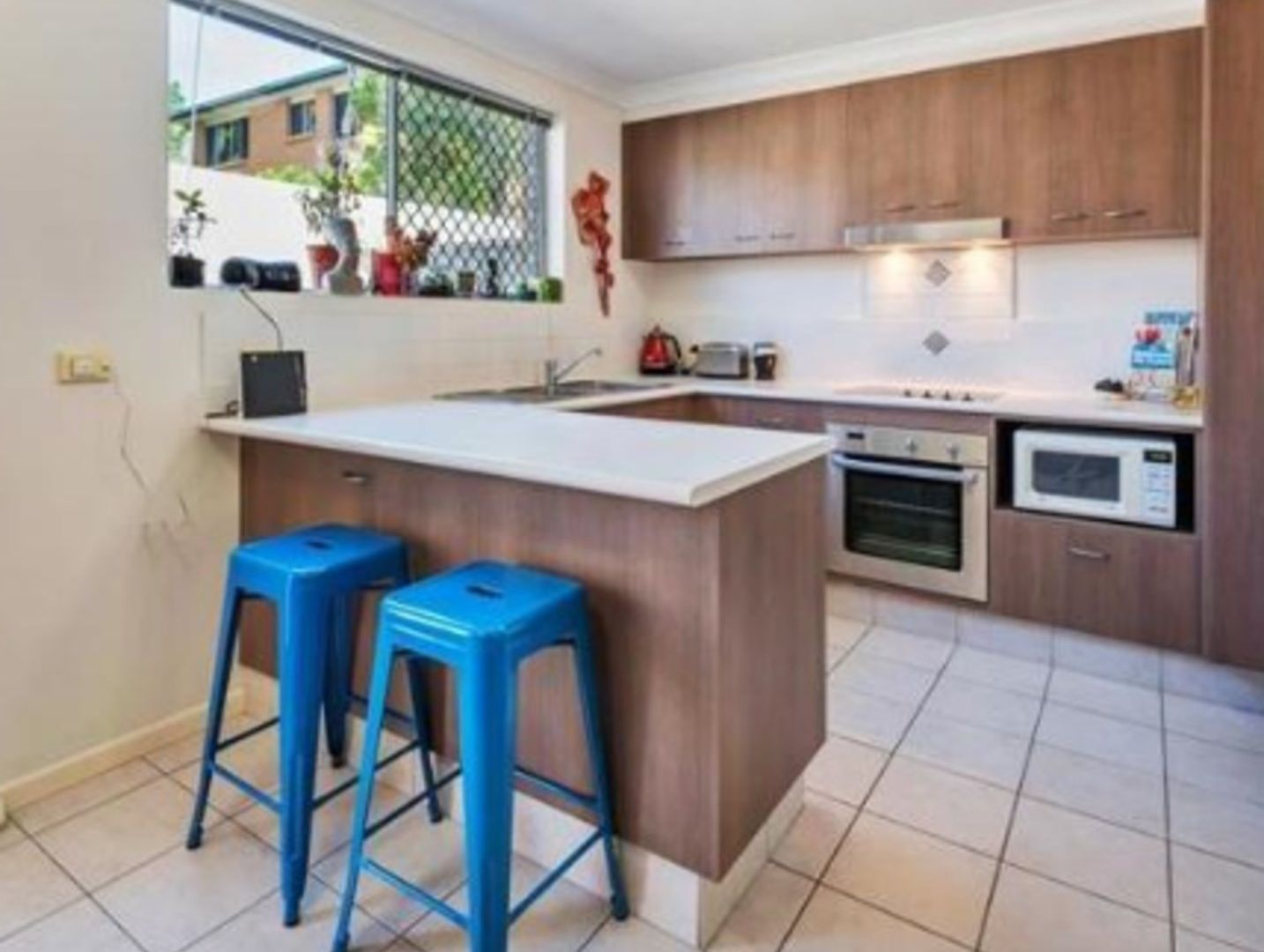 4/145 High Street, Southport QLD 4215, Image 2