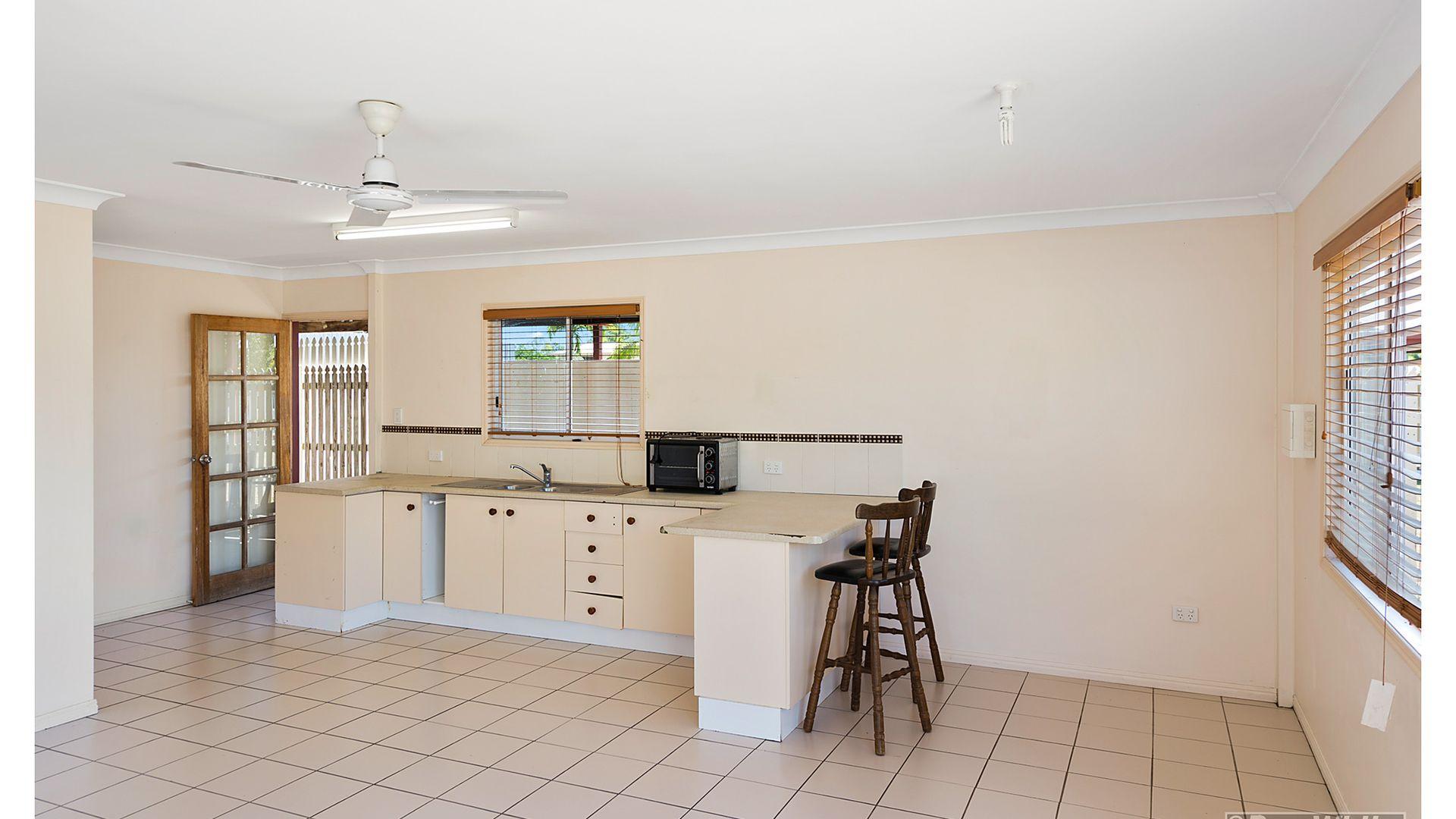 42 Thozet Road, Koongal QLD 4701, Image 2