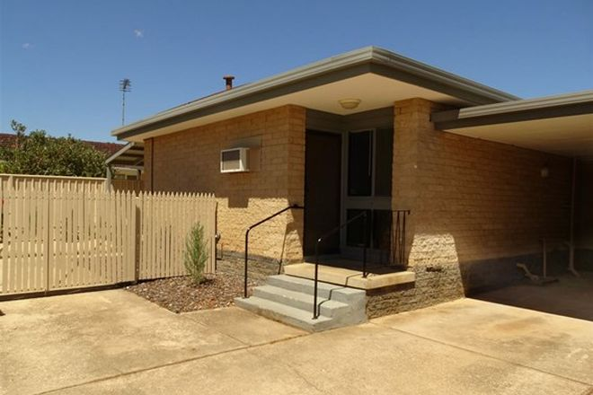 Picture of 2/139 Lawrence Street, WODONGA VIC 3690