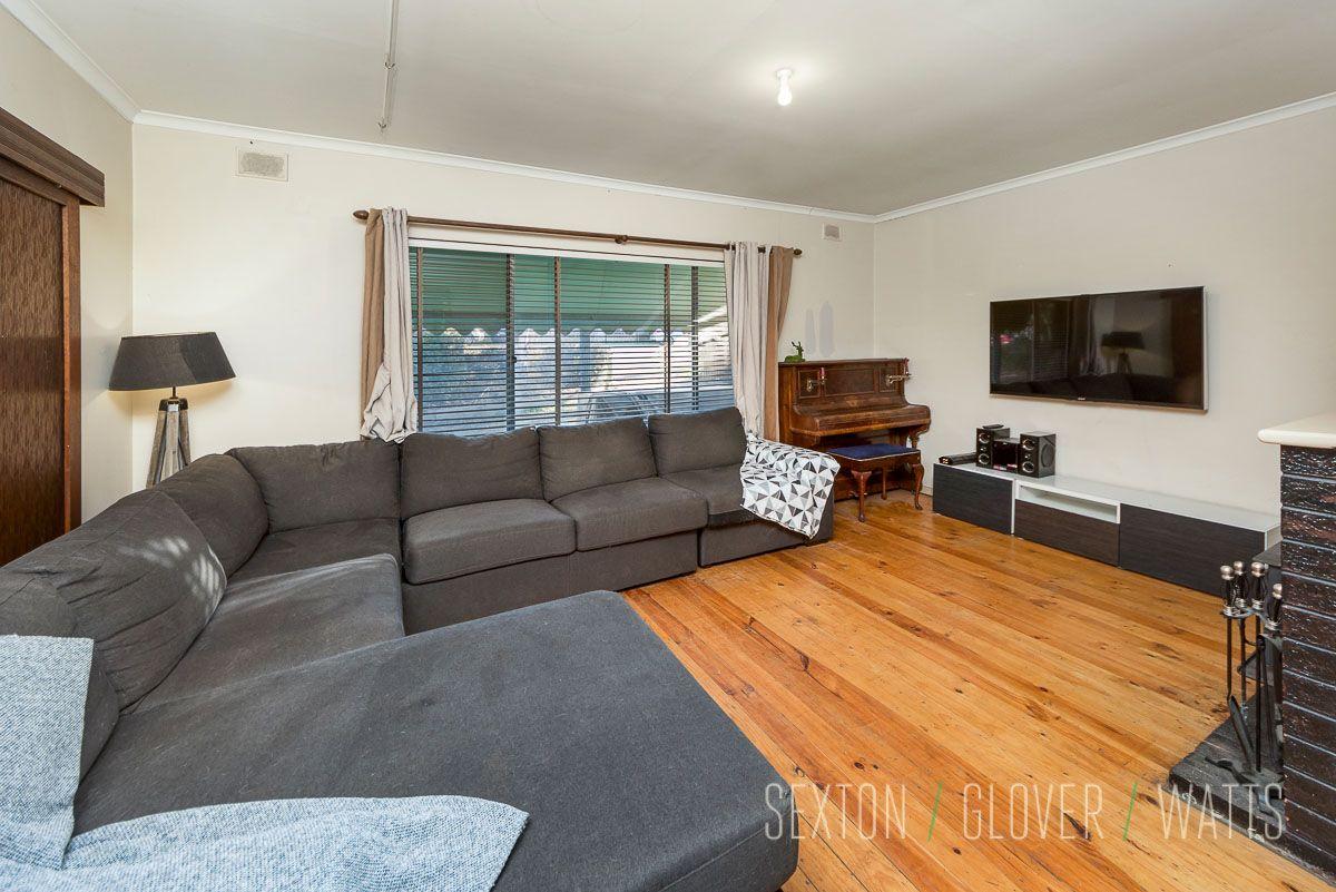 32 Cameron Road, Mount Barker SA 5251, Image 2