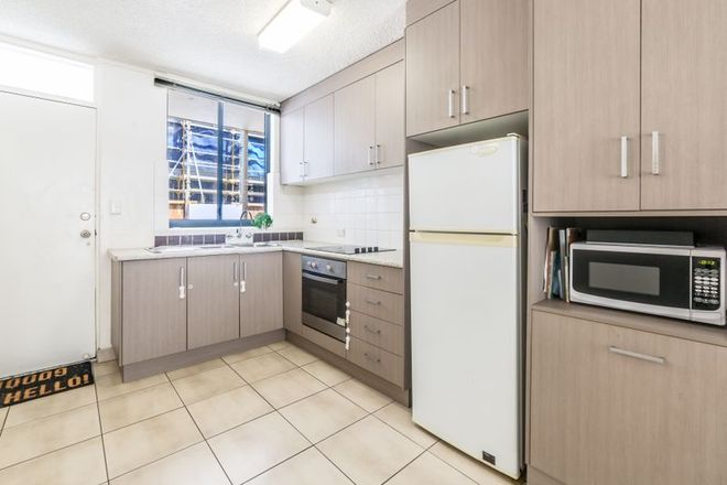 Picture of 17/120 The Esplanade, SURFERS PARADISE QLD 4217