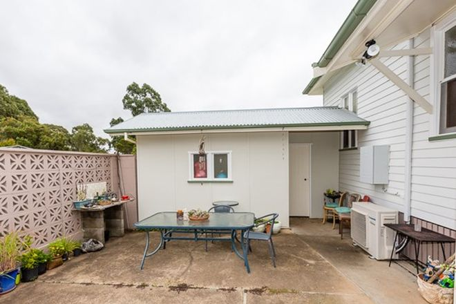 Picture of 1 Park Road, CROWS NEST QLD 4355