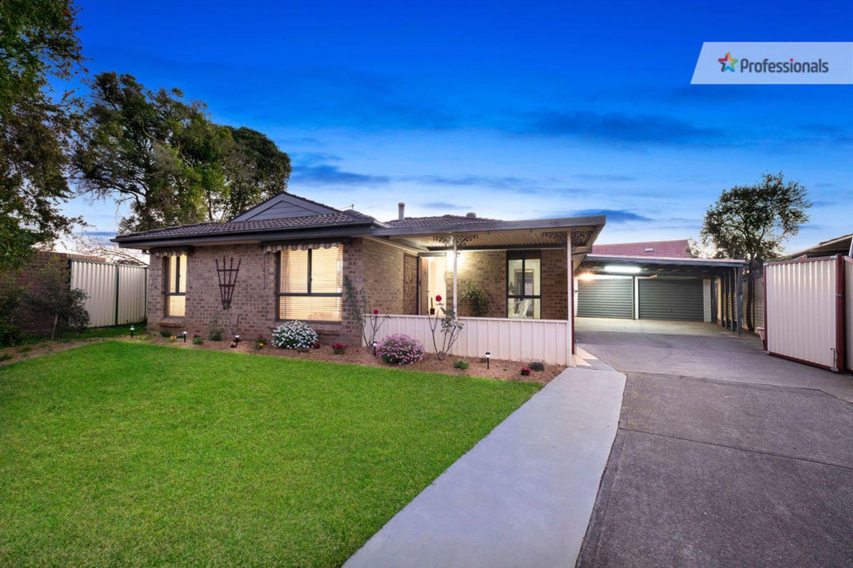 12 Crossley Avenue, Mcgraths Hill NSW 2756, Image 0
