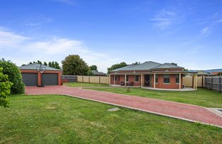 Picture of 8 Galilee Ct, New Gisborne VIC 3438