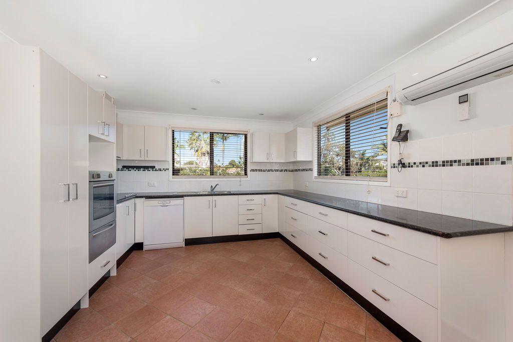 31 Maple Rd, Sandy Beach NSW 2456, Image 2