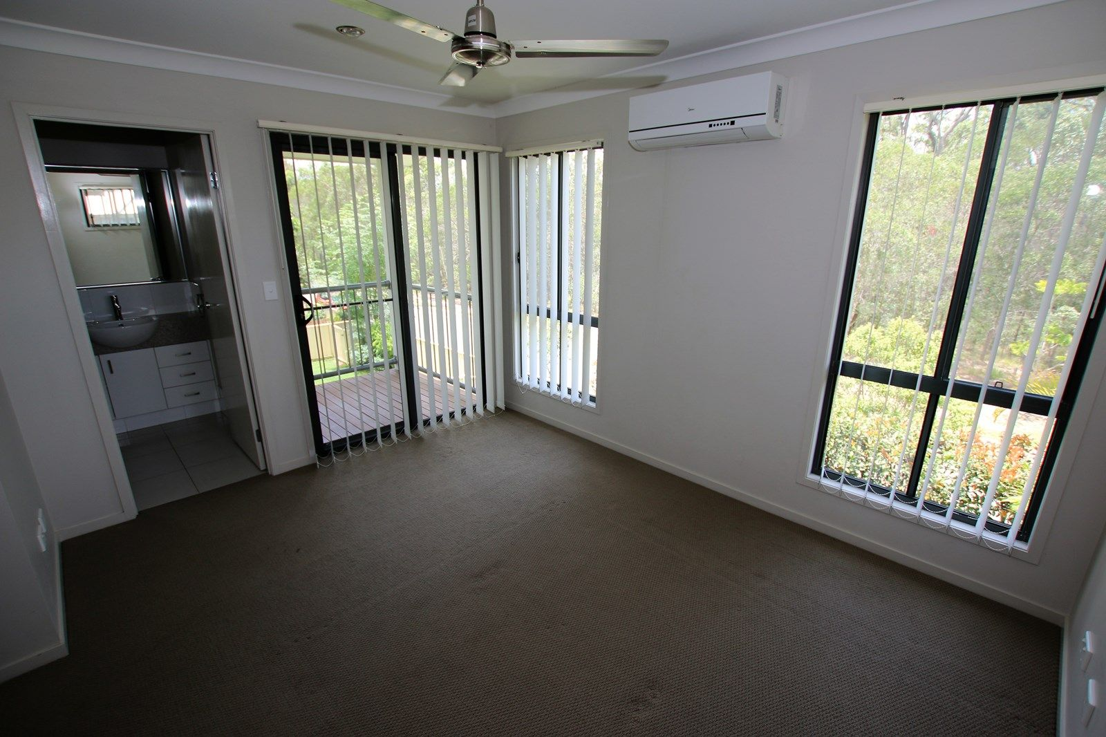 18 Stratus Lane, Coomera QLD 4209, Image 2
