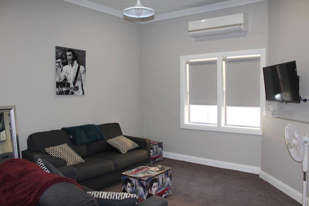 67 Cecile Street, Parkes NSW 2870, Image 2