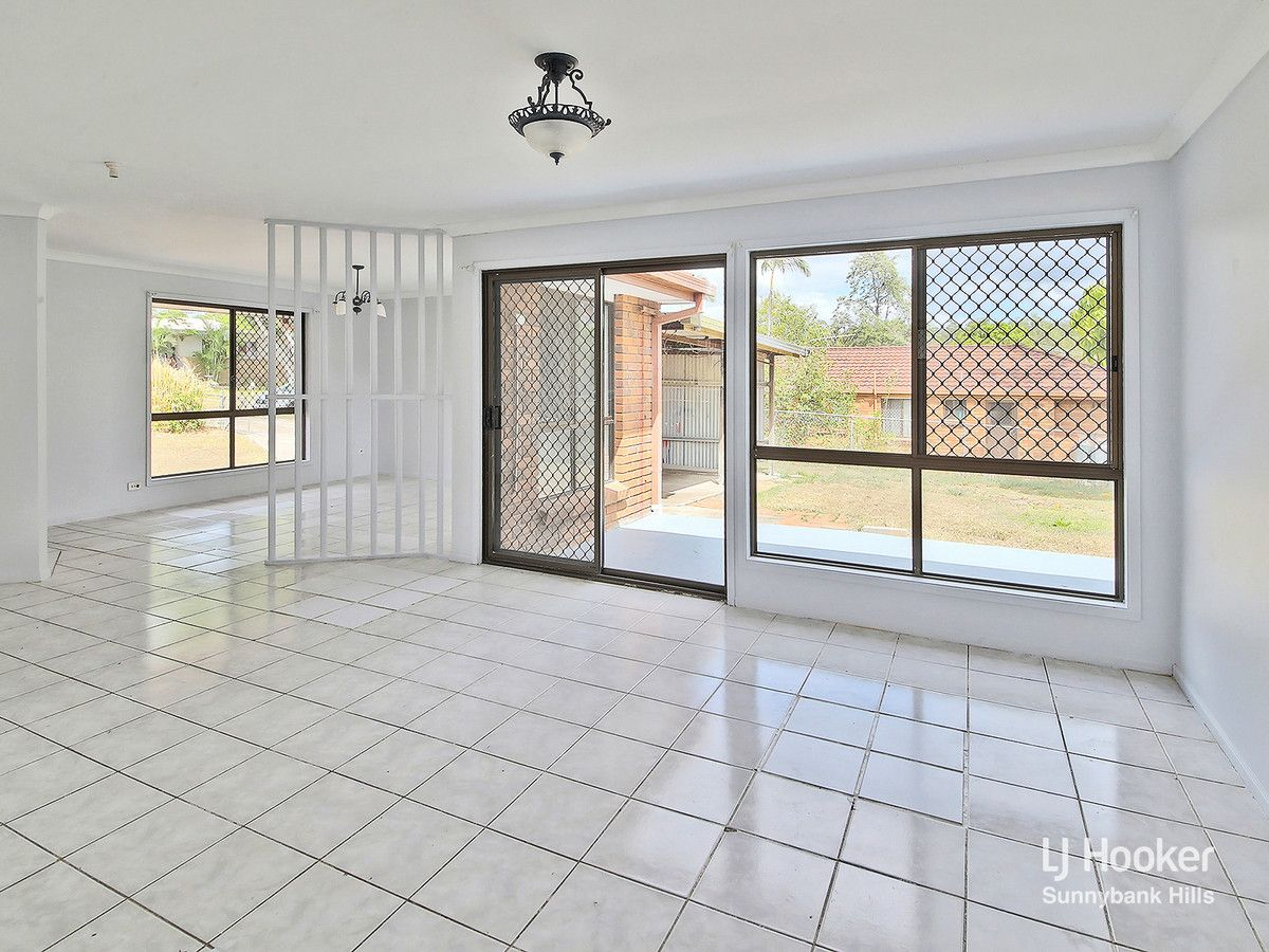 8 Fitchett Street, Goodna QLD 4300, Image 1