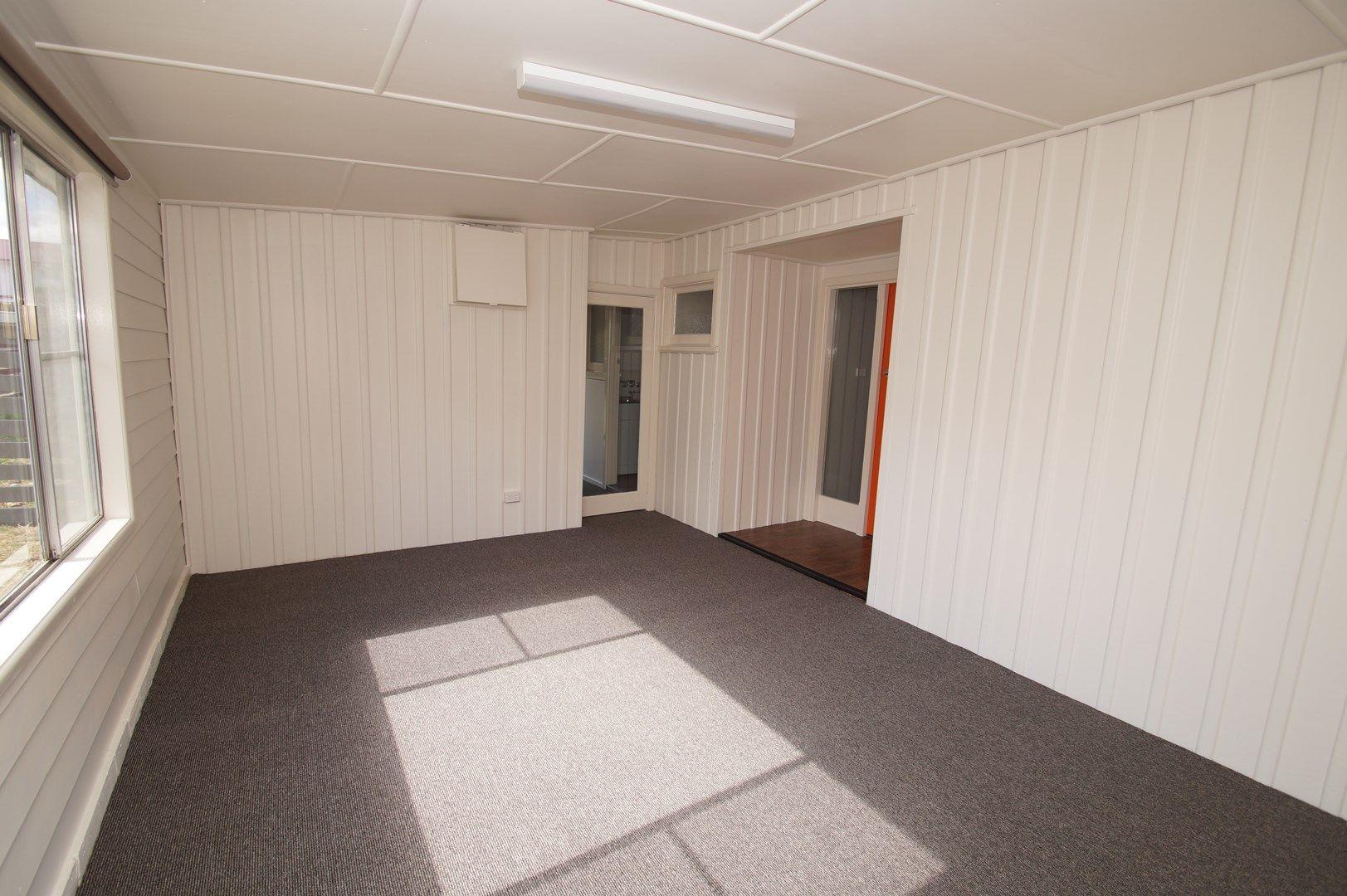 7 Bellevue Road, Armidale NSW 2350, Image 2