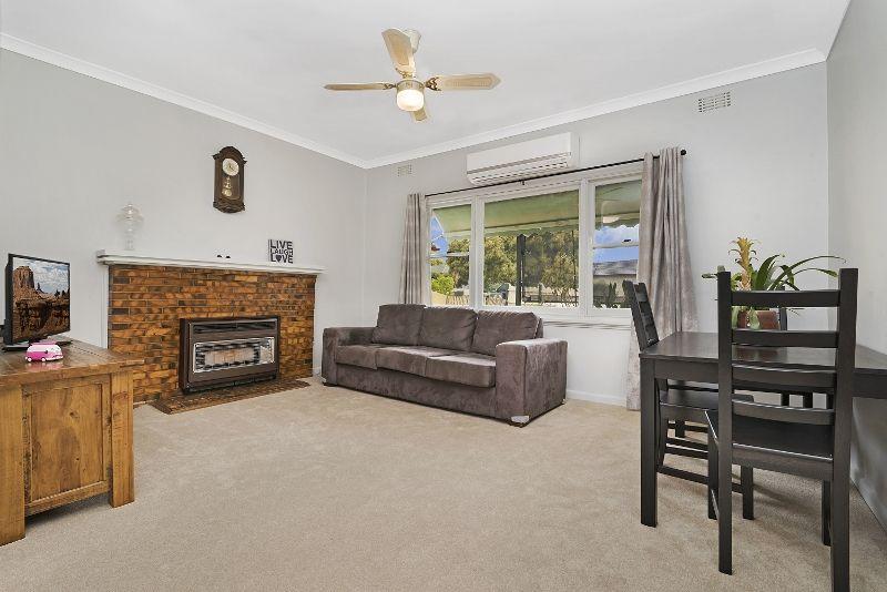 17 Morrison Street, Kangaroo Flat VIC 3555, Image 2