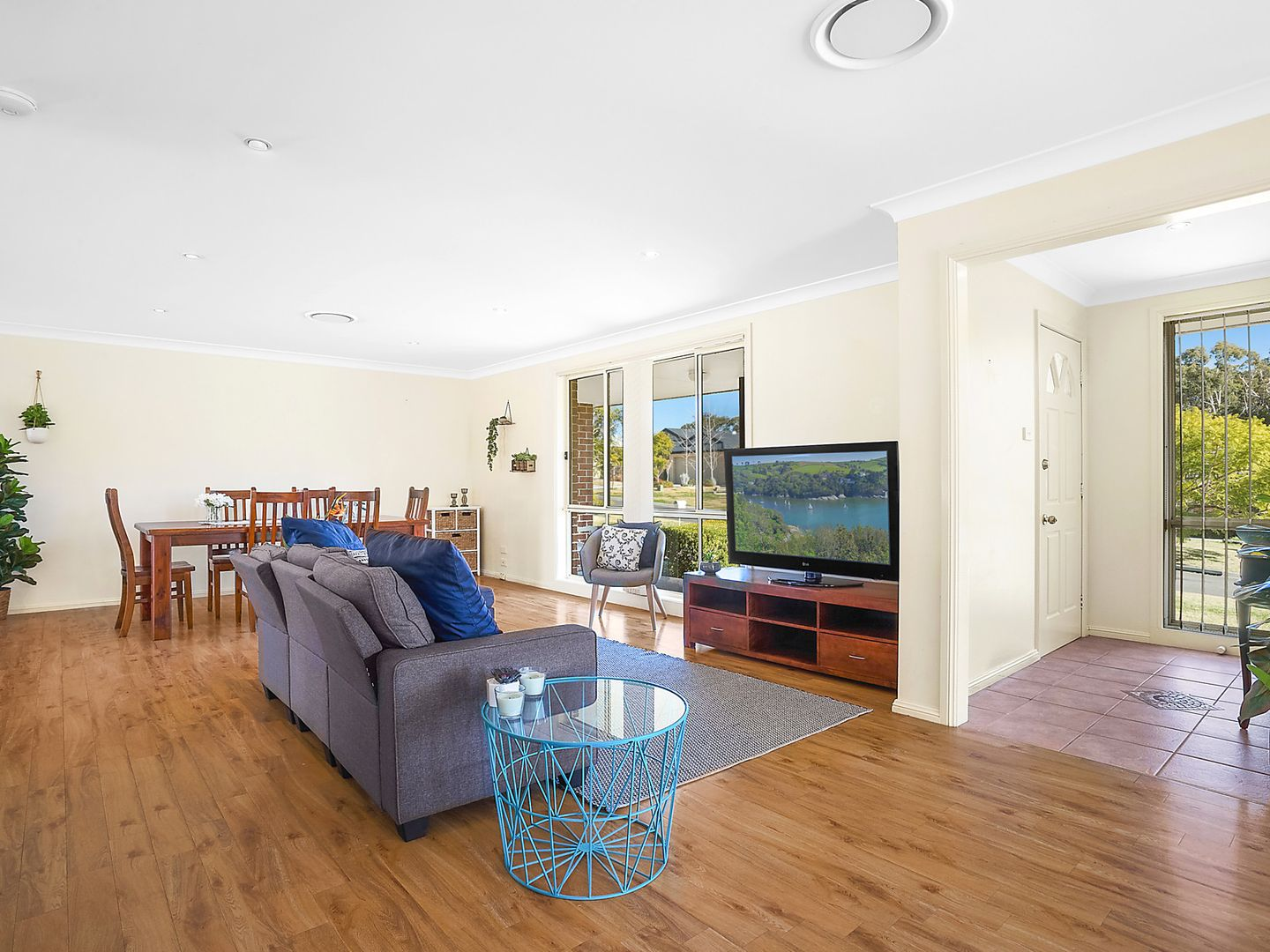 7 Freesia Crescent, Bomaderry NSW 2541, Image 2