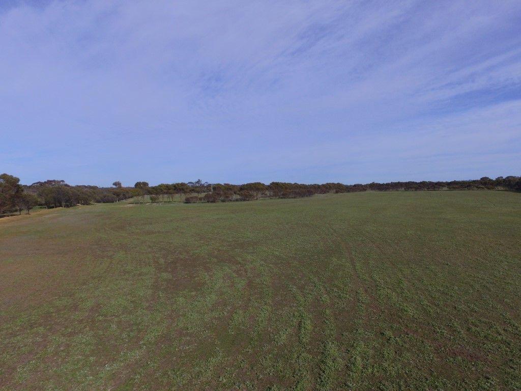 6826 Moulyerup Road, Broomehill Village WA 6318, Image 1