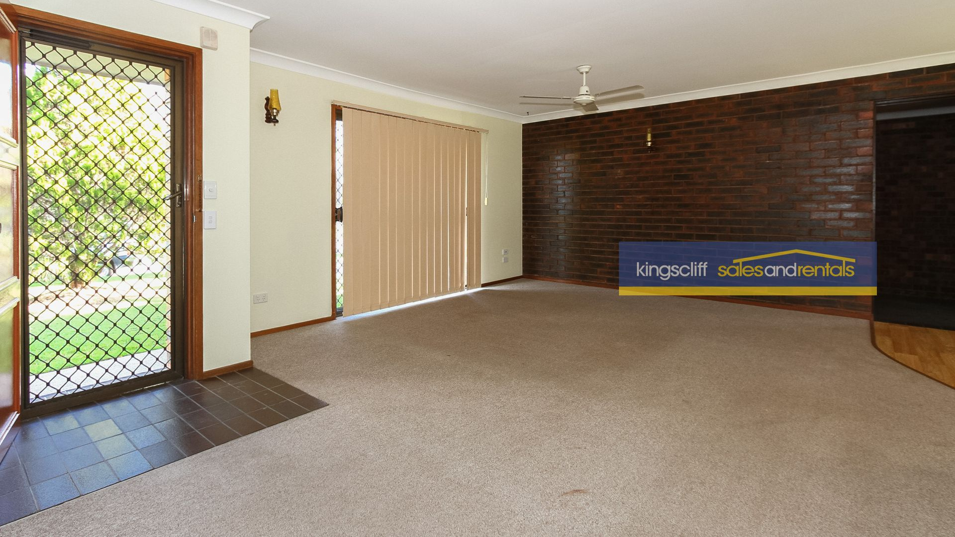 24 Blundell Boulevard, Tweed Heads South NSW 2486, Image 2