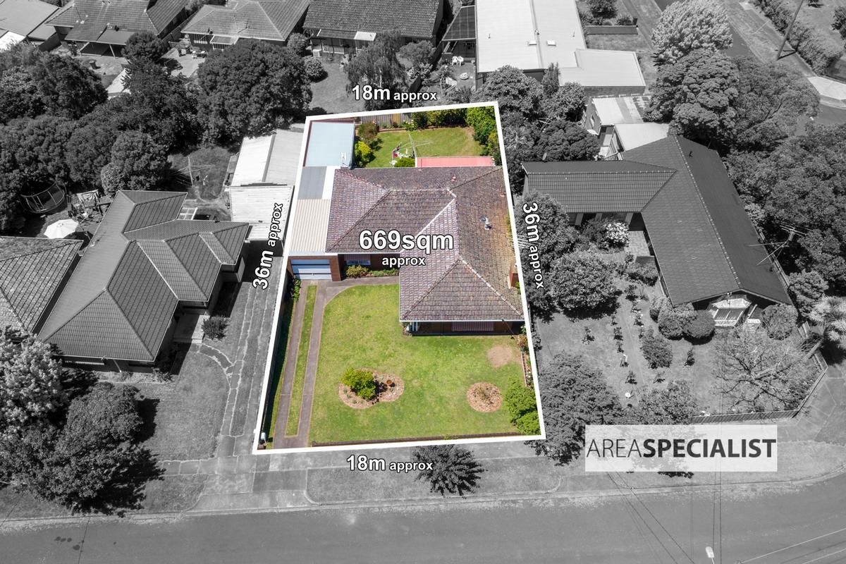 4 Sinclair Street, Warragul VIC 3820, Image 1