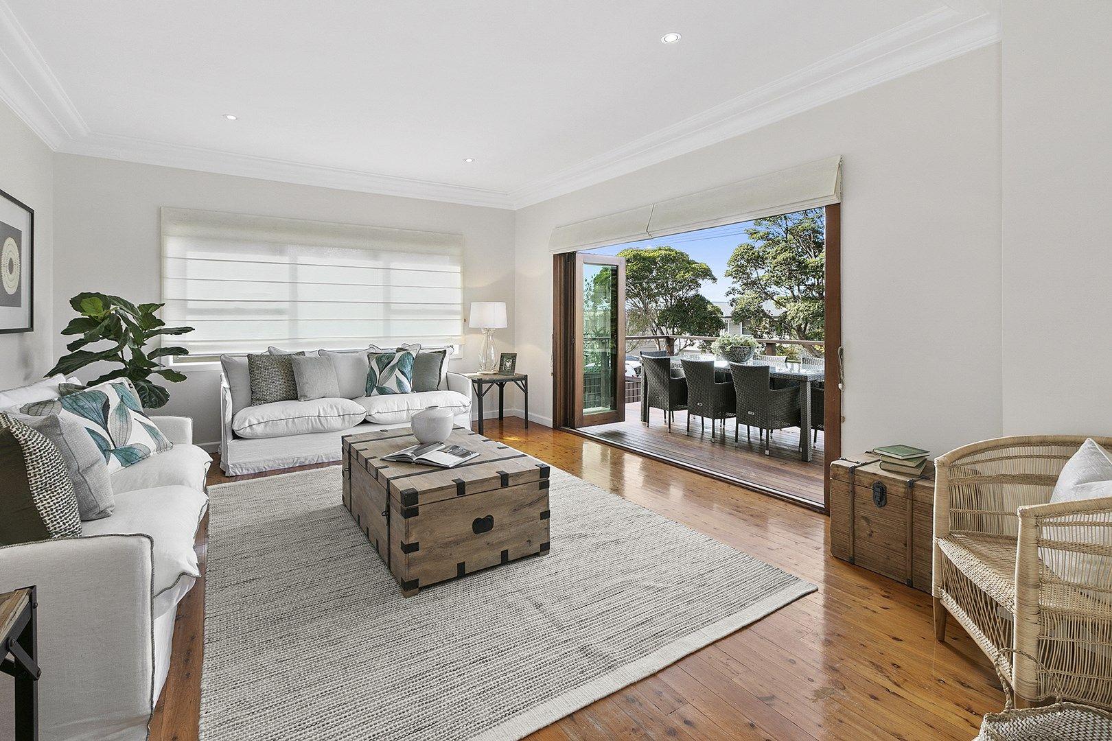 18 Rayner Avenue, Narraweena NSW 2099, Image 0