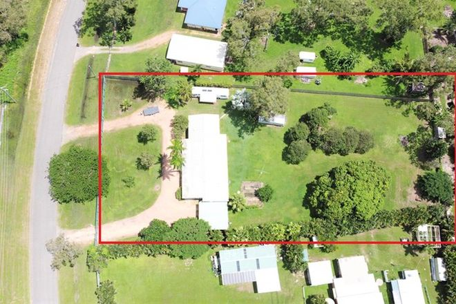 Picture of 4 Helix Street, BLUEWATER QLD 4818