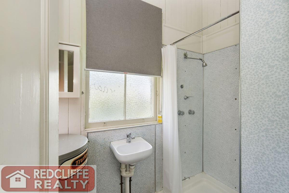 1/15 Wyllie Street, Redcliffe QLD 4020, Image 2