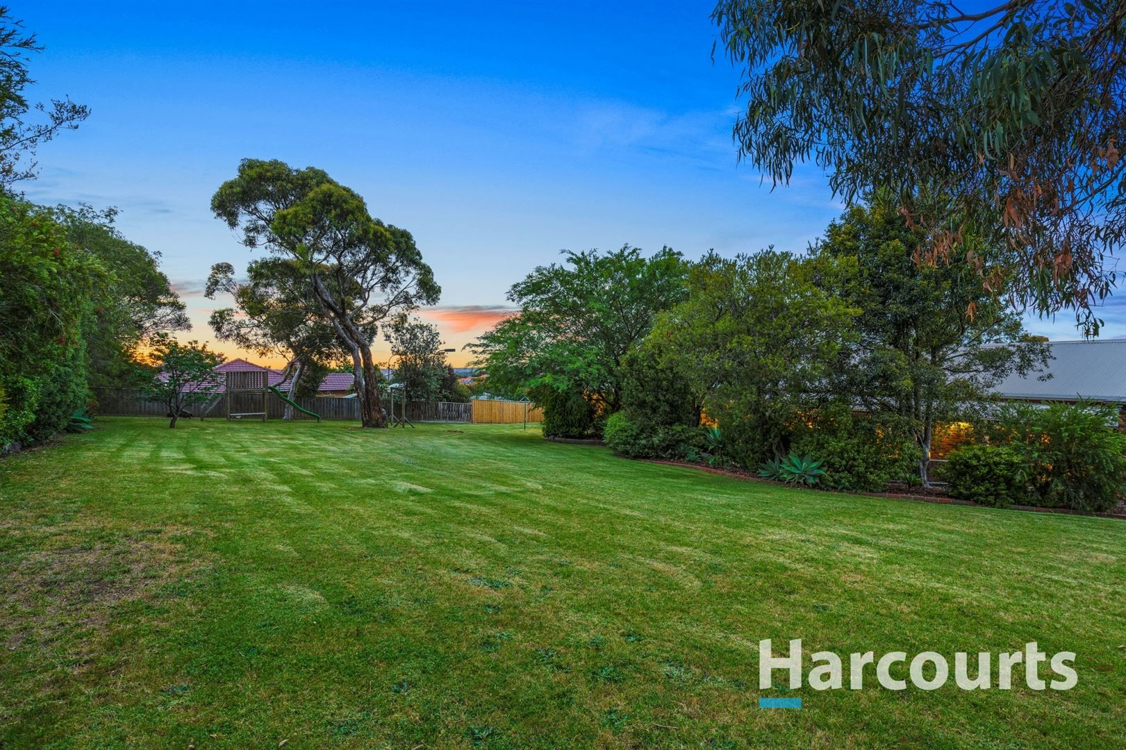 74B Major Crescent, Lysterfield VIC 3156, Image 2