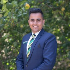 Namneet Honey Walia, OIEC/Director