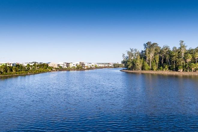 Picture of 36 Banfield Place, MAROOCHYDORE QLD 4558